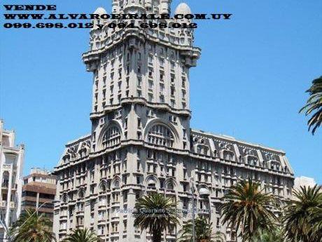 # Edificio Palacio Salvo 18 De Julio Y Plaza Independencia