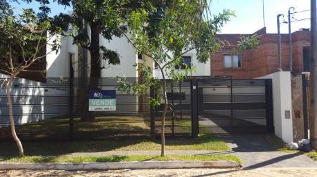 Vendo Hermosa Residencia - Barrio Las Golondrinas Asuncion