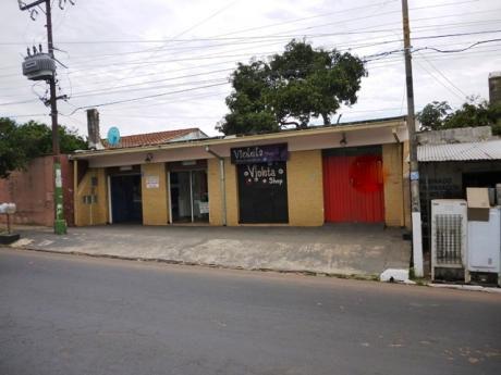 Salon Comercial En Alquiler – Sobre RepÚblica Argentina LambarÉ