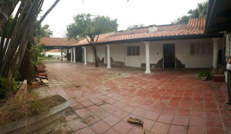 Casa Sobre Avda. Mcal. Lopez