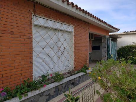 Excelente Oportunidad! Casa 2 Dormitorios En Solymar