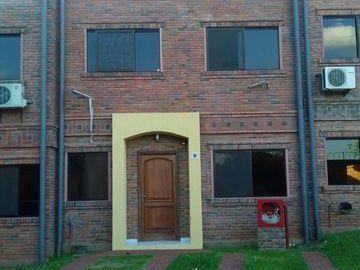 Alquilo Duplex De 3 Dormitorios En Condominio Cerrado En Lambare Zona Avda Peron