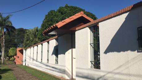 Vendo Casa En  Avenida Pilcomayo.