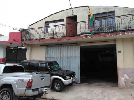 Casa De Dos Planta En Venta/anticretico Sup. 250 Mts2