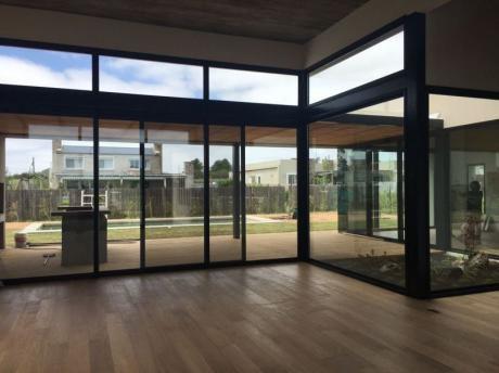 Viñedos De La Tahona Casa Premium A Estrenar, Para Inversión Con Renta