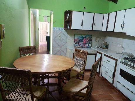 Casa Amoblada....en Capiata Para La Venta