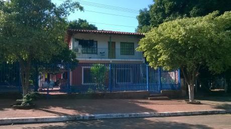 Vendo Casa En La Ciudad De Ypane De 5 Dormitorios