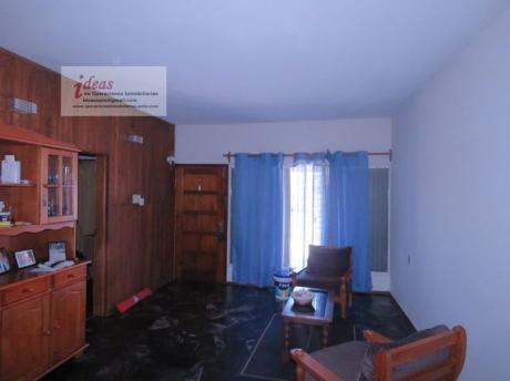 Muy Buena Casa De 3 Dormitorios, Terreno, Sobre Dr Pouey, Las Piedras, El Dorado