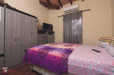 Casa En Lambare, Barrio Mbachio