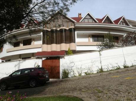 Hermosa Casa En Venta La Paz
