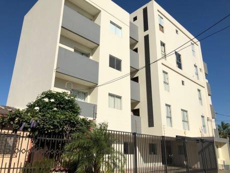 Departamento En Venta, Edificio Block Entre 3er Y 4to Anillo Av. Alemana