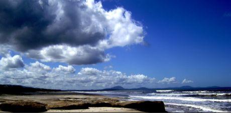 Terreno A Una Cuadra De La Playa En Santa Ana, Canelones.