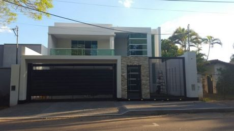 Vendo Residencia Estilo Minimalista En Bo Herrera Con 4 Master Suites