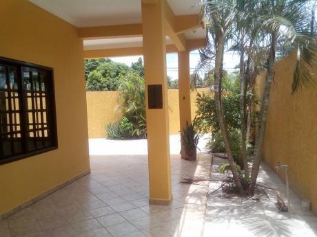 Casa Independiente En Alquiler