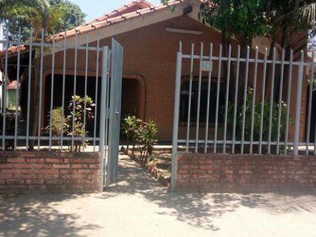 Casa Independiente En Alquiler Zona Monte Cristo.