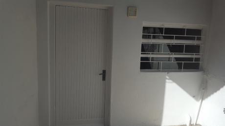 Apto De 1 Dormitorio Impecable Sin Gastos Comunes