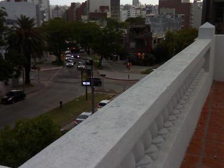 Duplex  Antiguo  Con  Terraza 80m2 Con  Parrillero