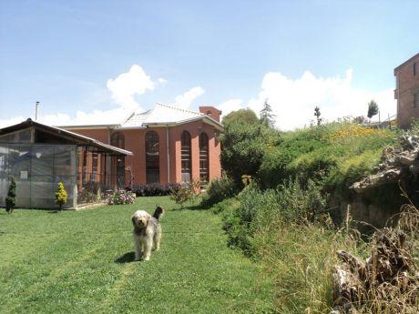 Hermosa Y Amplia Casa Soleada