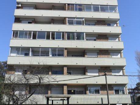 Reservado Alquiler Apartamento 3 Dormitorios Garage