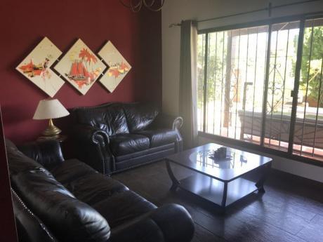 Id 10869 - Hermoso Chalet En La Mejor Zona De Lagomar U$s 320.000