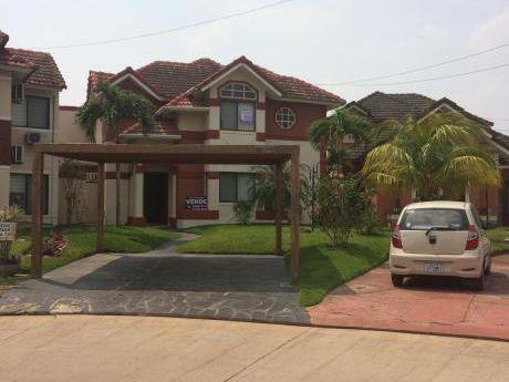 Casa En Condomino Av Banzer Y 7mo Anillo