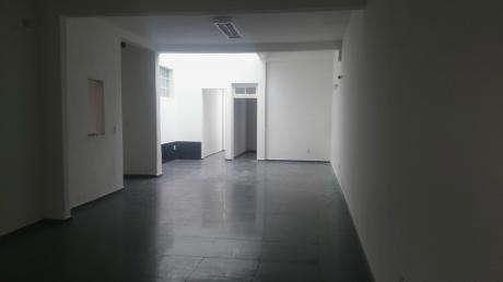 Gran Local .dep.-oficinas ( Coworking) Guardería,residencial Rest.-cervecería