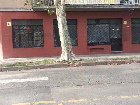 Local Comercial Con Renta. O Permuta X Ciudad De La Costa.