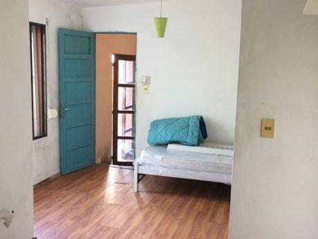 Casa, 1 Dormitorio En Punta Gorda