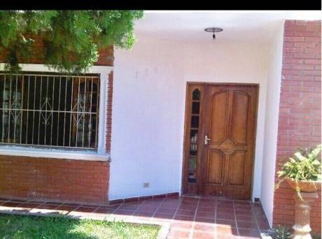 Vendo Casa De 3 Dormitorios En Villa Elisa Zona Club 3 Boqueños
