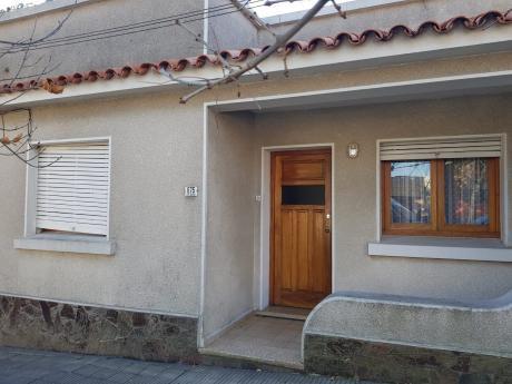 Linda Casa De 3 Dormitorios En Pueblo  Nuevo