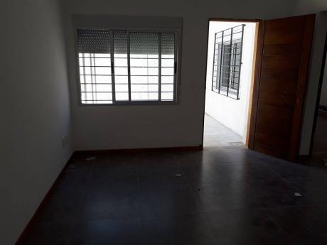 Malvin  A Estrenar 1 Dormitorio Con Patio.