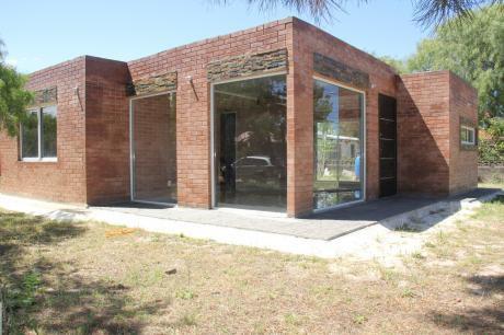Casa A Estrenar Parque Solymar