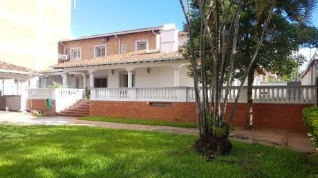 Residencia En El Dorado A Pasos De Av. España