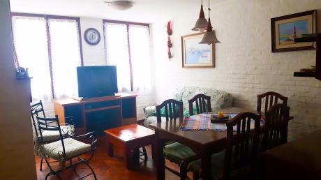 Casa Impecable De 5 Dormitorios En Pocitos Con Garage!