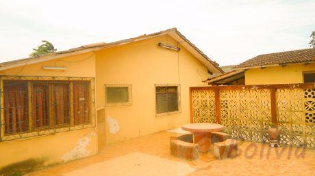 Casa En Urbari  (av. Pirai, Entre 2do Y 3ro Anillo)