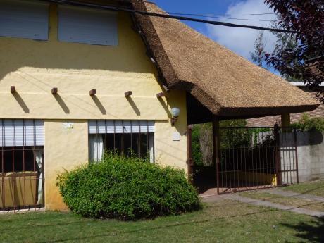Casa En  Pinares (8 Personas)