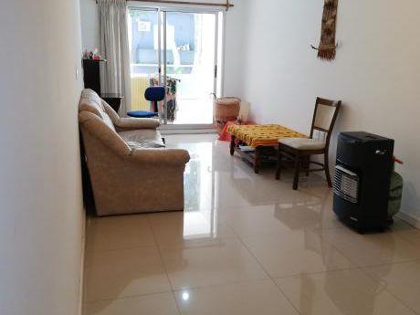 Alquiler Apartamento Dos Dormitorios Centro