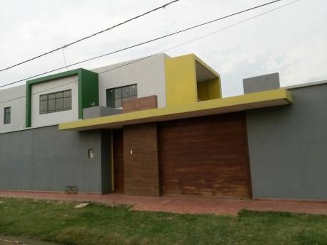 Hermosa Casa En Esquina En Venta A Estrenar Zona Sur