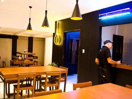 Casa En Alquiler Ideal Para Restaurante!