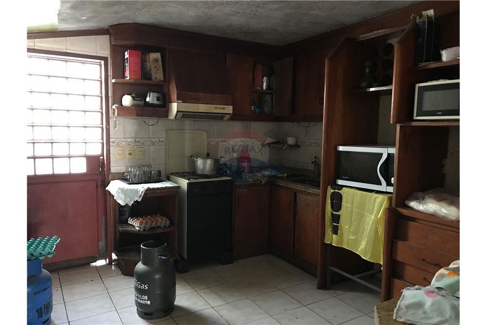 Vendo Casa A Solo 4 Cuadras Del Multiplaza