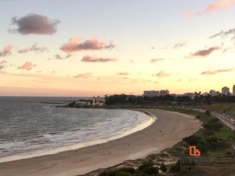 Sobre Rambla Malvin - Increíble Vista Panoramica Al Mar