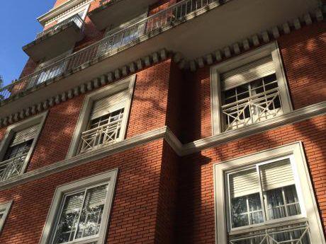 Apto Parque Rodo 2 Dormitorios Y Servicio Con Garage Y Box