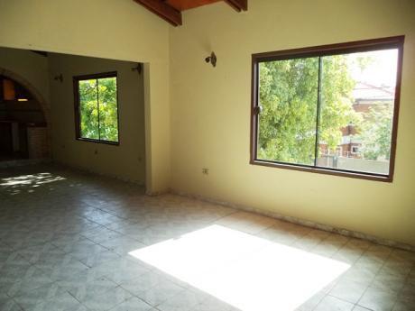 Tierra Inmobiliaria – Departamento De 3 Dormitorios A 200 Metros De C.a. LÓpez