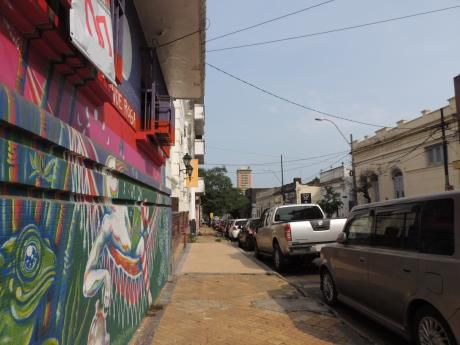 Amplia Casa Centro De Asuncion Sobre Mcal. Estigarribia 452 M2