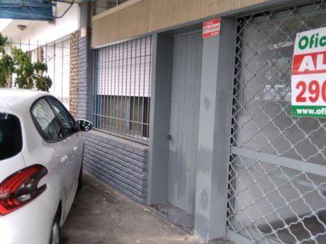 Casa 2 Dorm + Local En Brazo Oriental
