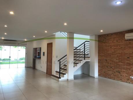 Alquilo Duplex En Barrio Miraflores,mburucuyá,a 2 Cuadras De Santísima Trinidad.