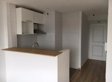 Mono Ambiente, Rivera Y Brito Del Pinto,piso 8, Al Frente, Piscina, $ 15.000