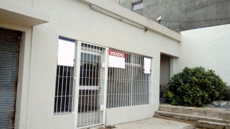 Casa+local Comercial