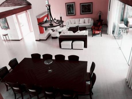 Casa Amoblada Colinas Del Urubo II