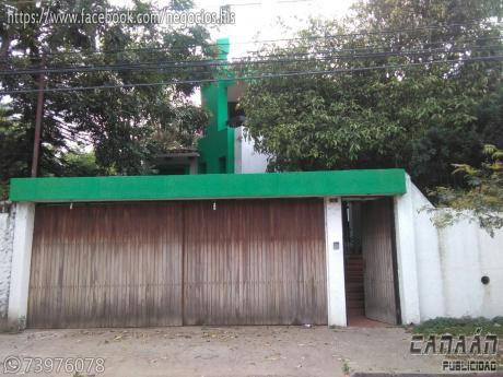 Vendo Hermosa Casa En Equipetrol Norte De Dos Plantas